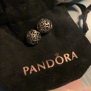 Pandora swirl spacers